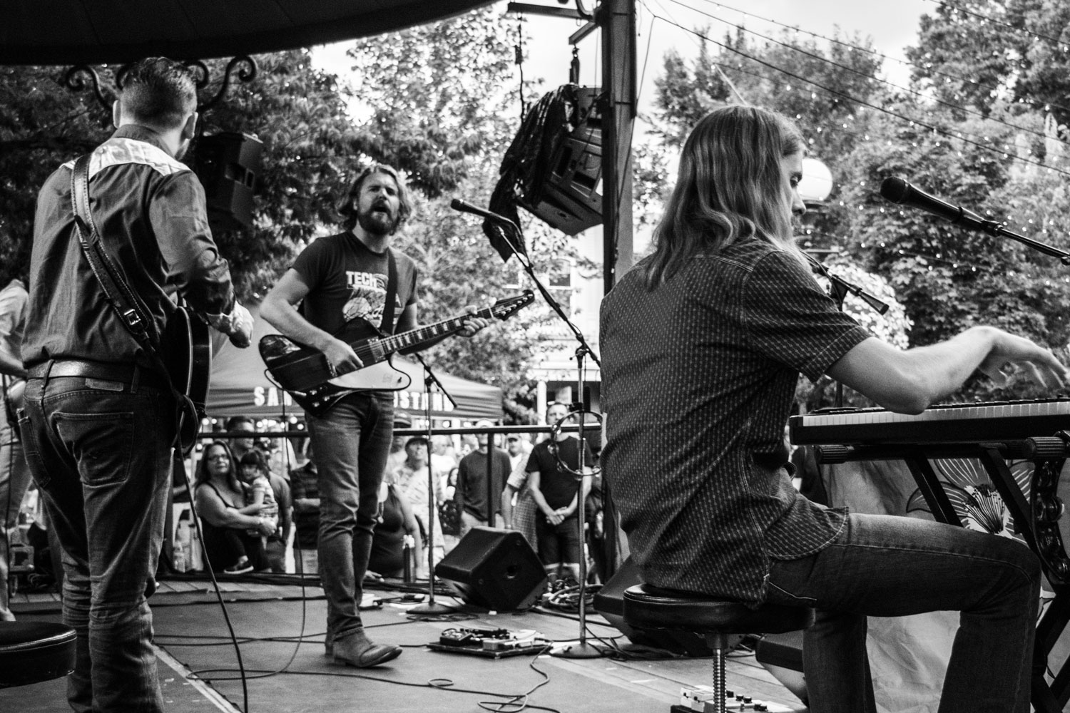 thesheepdogs_bandstand_080916_0135
